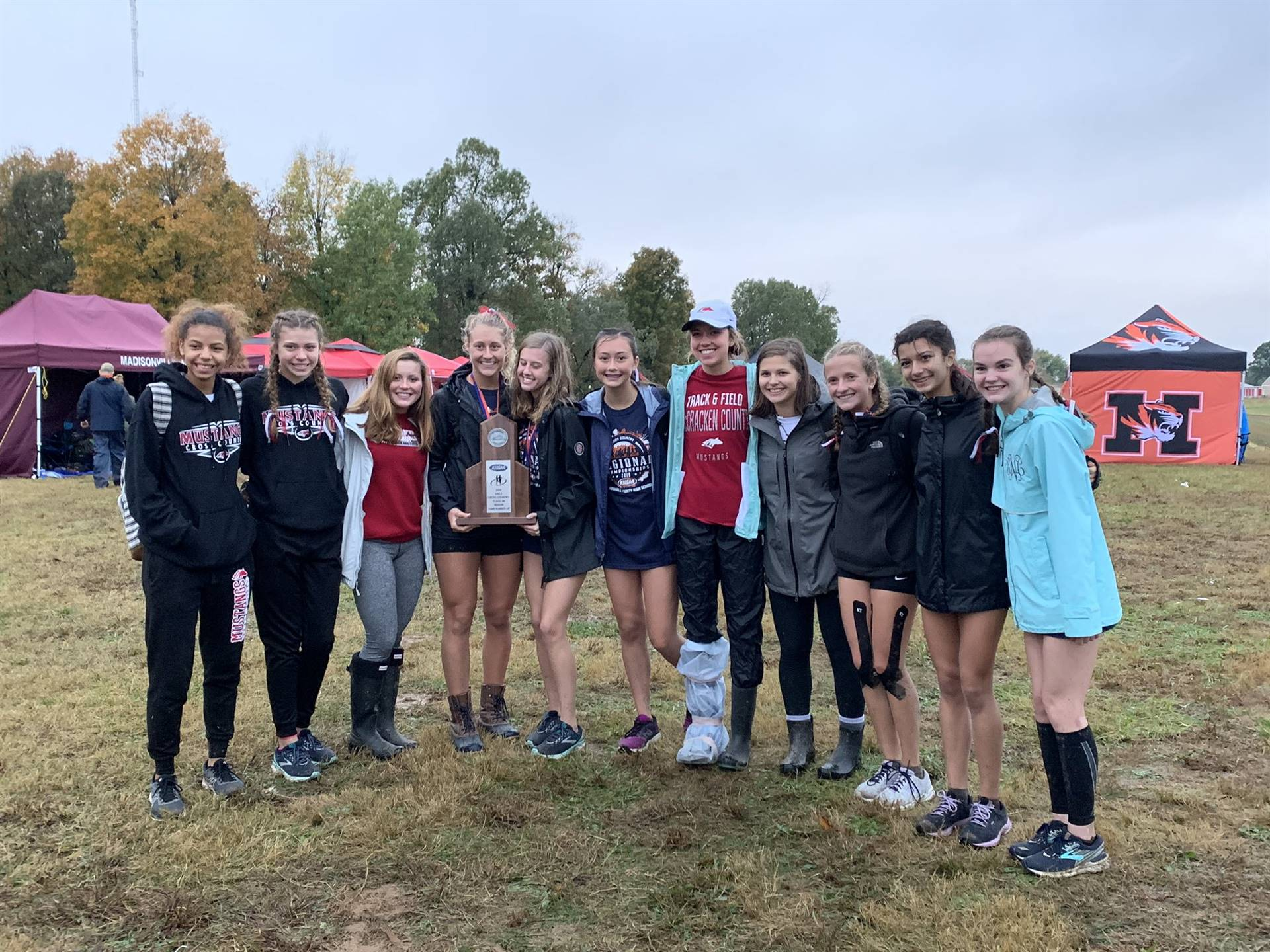Mustangs Women's Cross Country - 2019 Region Runner-Up!