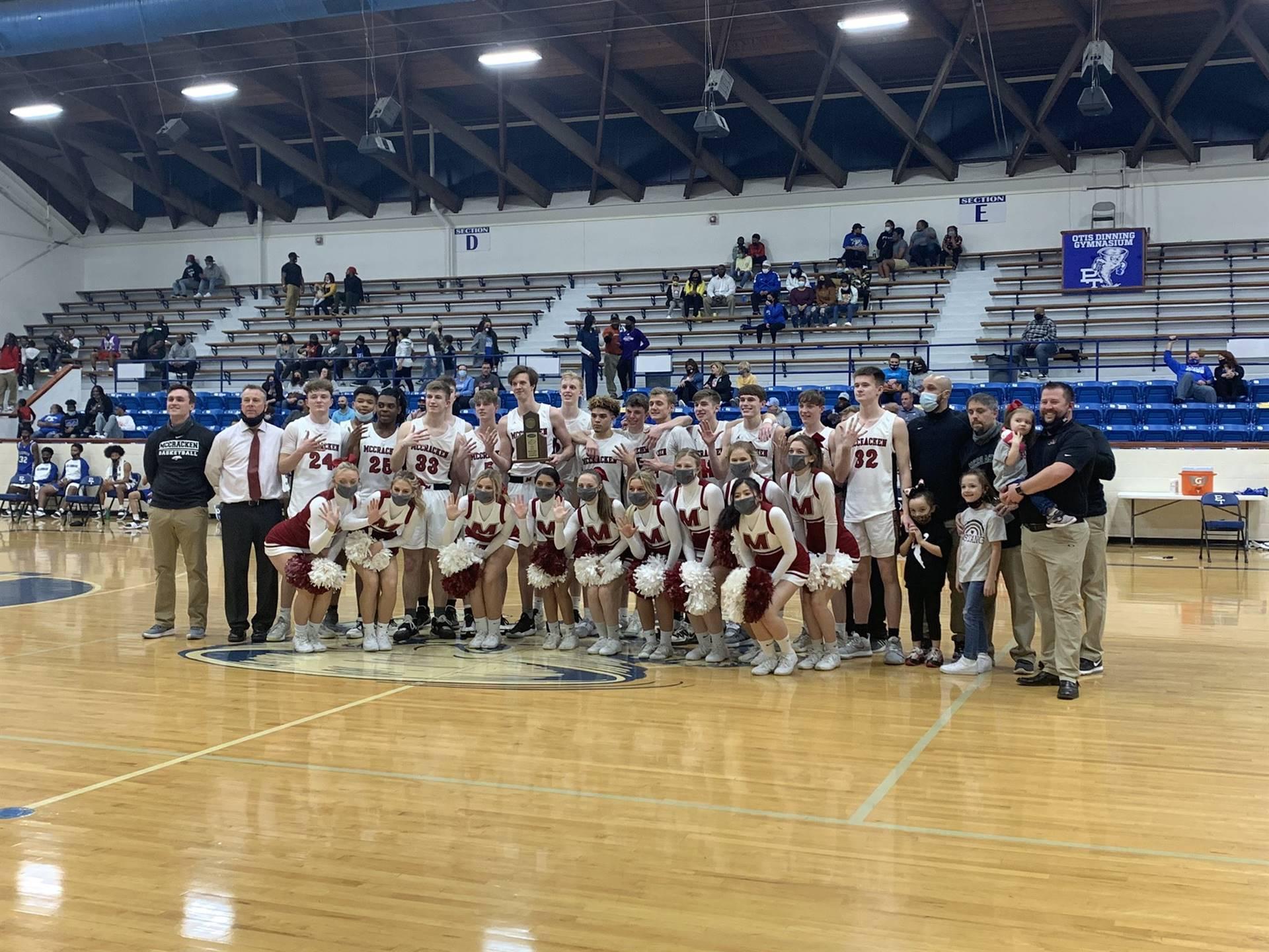Mustangs Men's Basketball - 2021 District Champions!