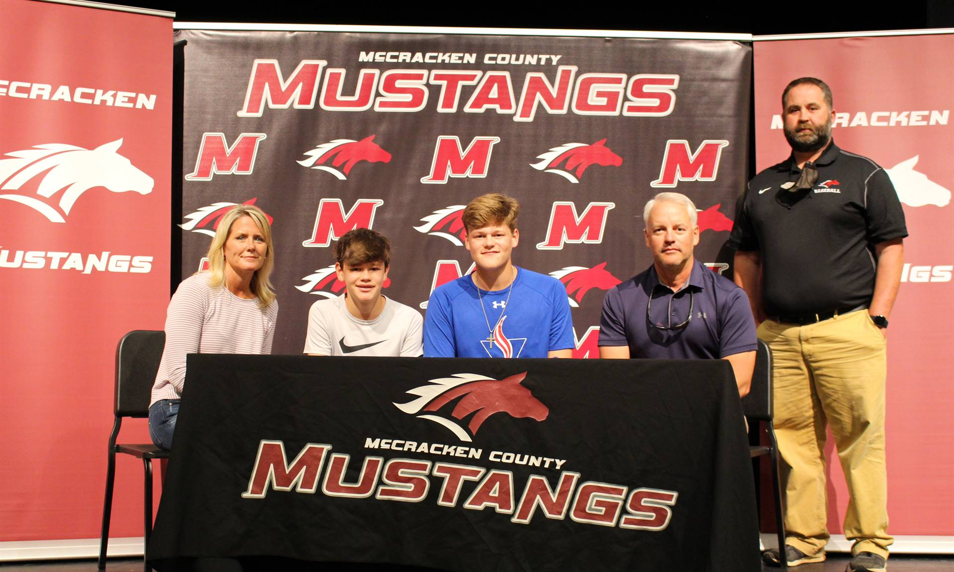 Braden Vinyard signs with Volunteer State College to play baseball